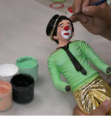 Hand painting services available from Ron Lee Castings.